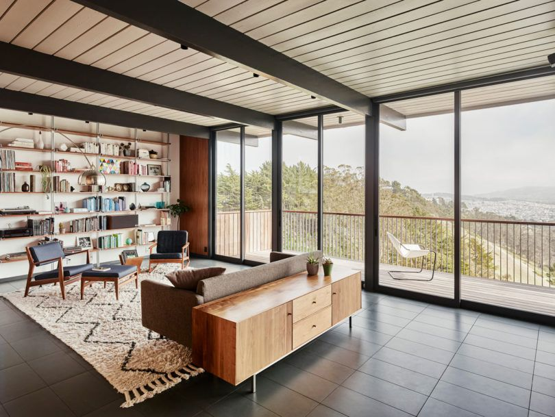Michael Hennessey Architecture Renovates a 1965 Eichler