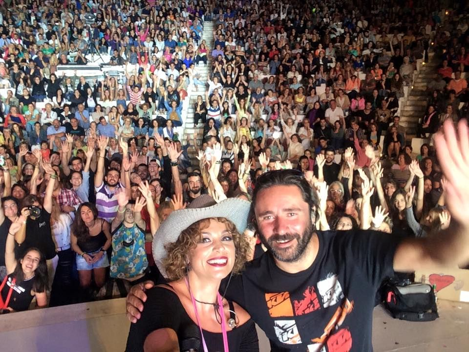 https://www.facebook.com/eleonora.zouganeli.official/posts/10153121013888176 Βεάκειο!!!!!! #eleonorazouganeli #eleonorazouganelh #zouganeli #zouganelh #zoyganeli #zoyganelh #kalokairi2015 #summer #tour #2015 #greece #elews #elewsofficial #elewsofficialfanclub #fanclub