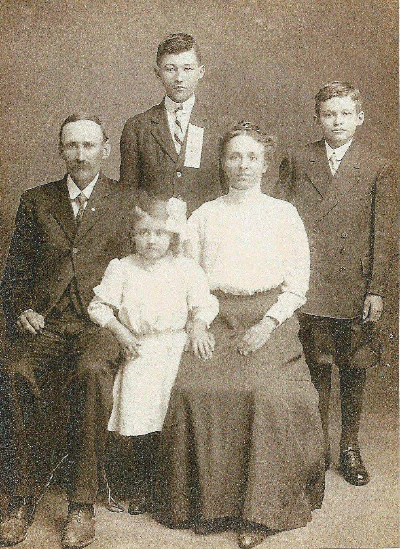 Картинки всей семьи старые