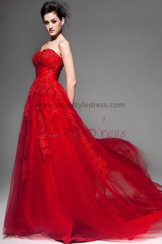 2017 Bridal Gowns Home New Arrival Red Lace Wedding Dresses Elegant Chapel Train