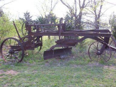 1928 Russell Road Grader | old equipment | Old farm