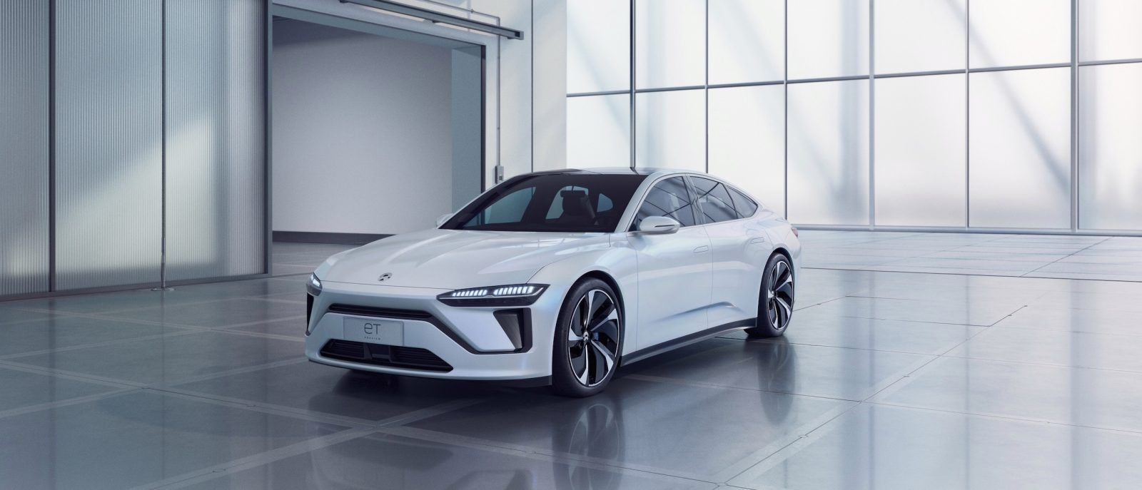 NIO unveils new allelectric sedan and fastcharging