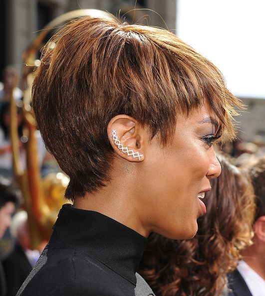 Icymi Tyra Banks Pixie Cut And Jumpsuit Stole The Spotlight At
