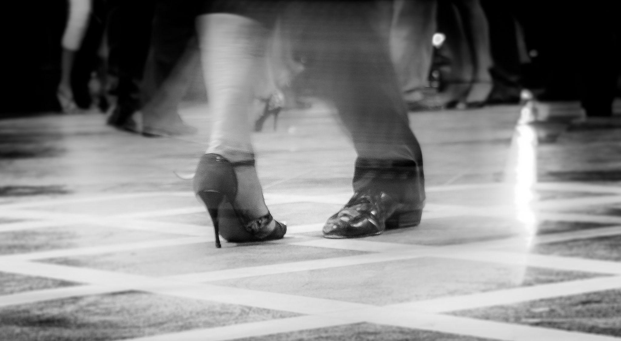 https://flic.kr/p/SsW7ss | Tango Steps no. 3 (Buenos Aires, Argentina. Gustavo Thomas © 2016) | Pasos de Tango no. 3 / Tango Steps no. 3  (Buenos Aires, Argentina. #Photograph by Gustavo Thomas © 2016)
