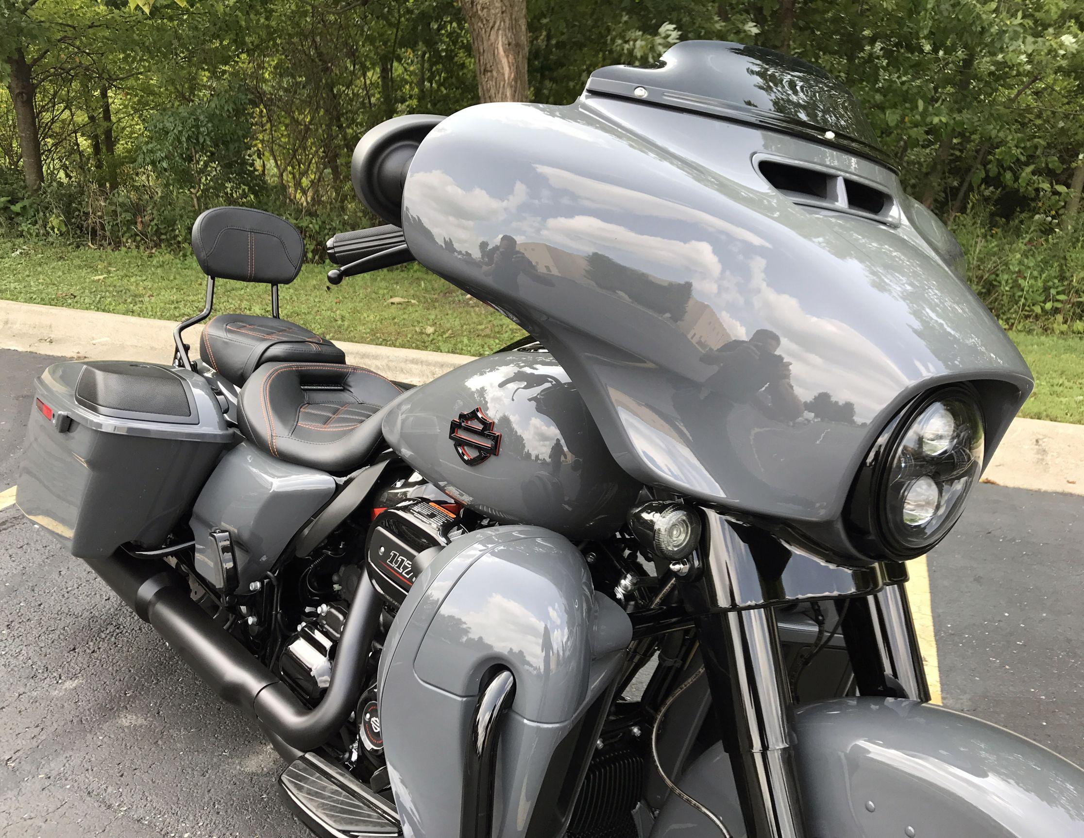 Perfection 2018 Cvo Street Glide Harley Davidson Bikes