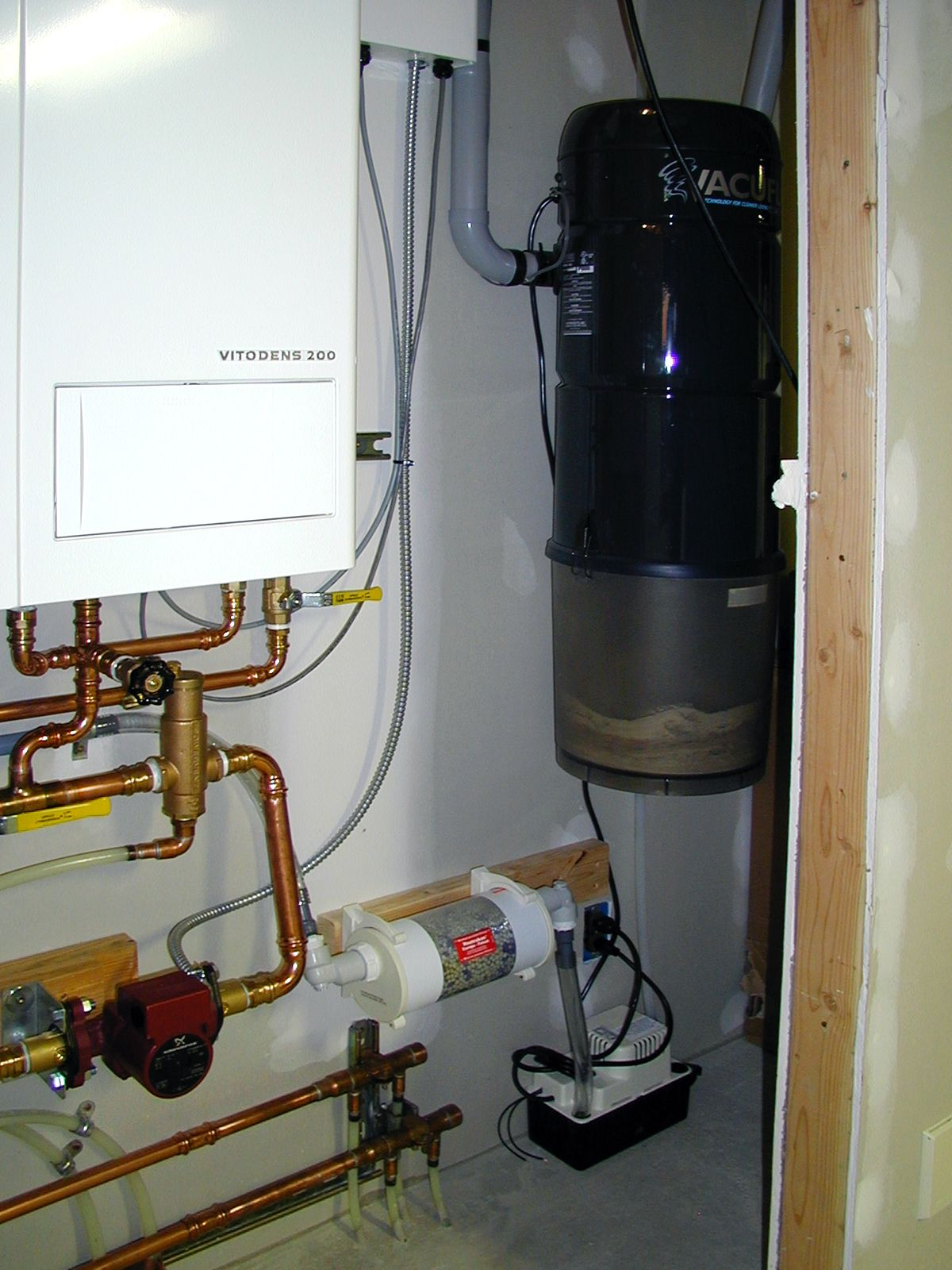 A happy Radiant Engineering customer with a Viessmann