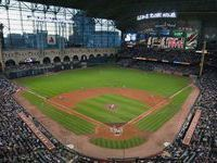 The Minute Maid Park Was Built With A Retractable Roof To Protect The Audiences As Well As The Athletes From T Minute Maid Park Minute Maid Houston Attractions