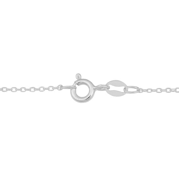 Elegant simplicity. This lovely necklace showcases the lustrous beauty of sterling silver to perfection. A lovely look that will blow anyone away.