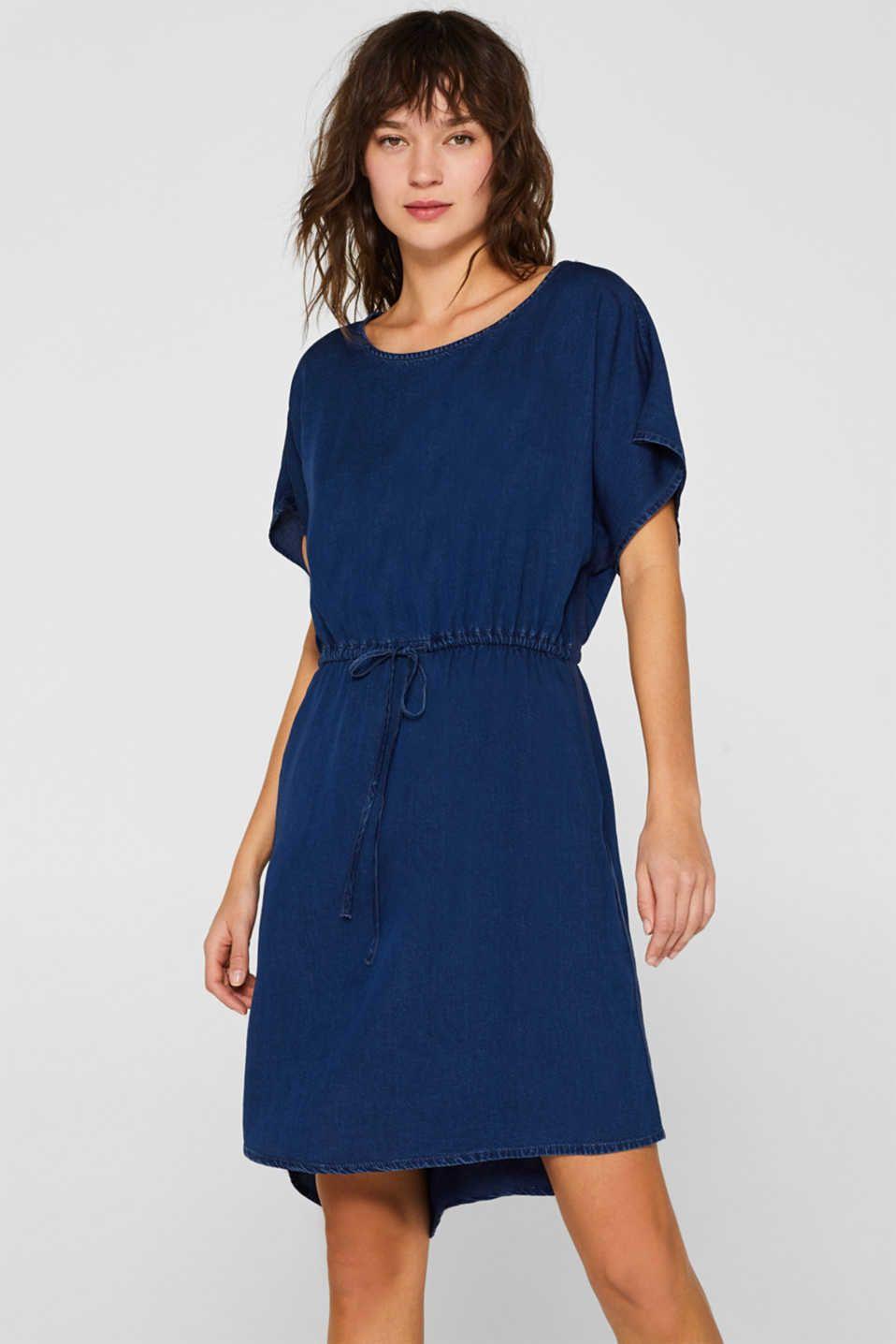 Esprit - Kleid in Jeans-Optik, 19% Lyocell  Komplette outfits