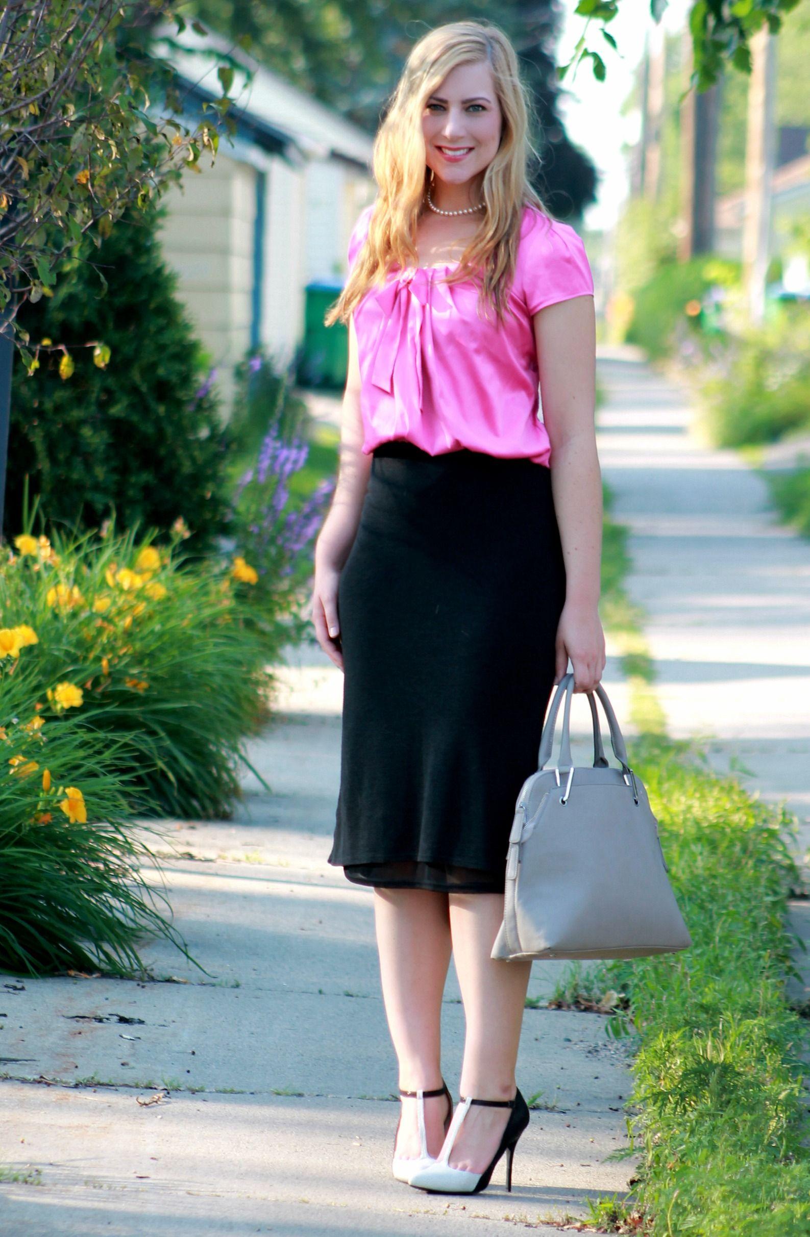 fd29f4343e bow blouse + midi skirt   Midwest Blogger Love   Skirts, Bow blouse ...