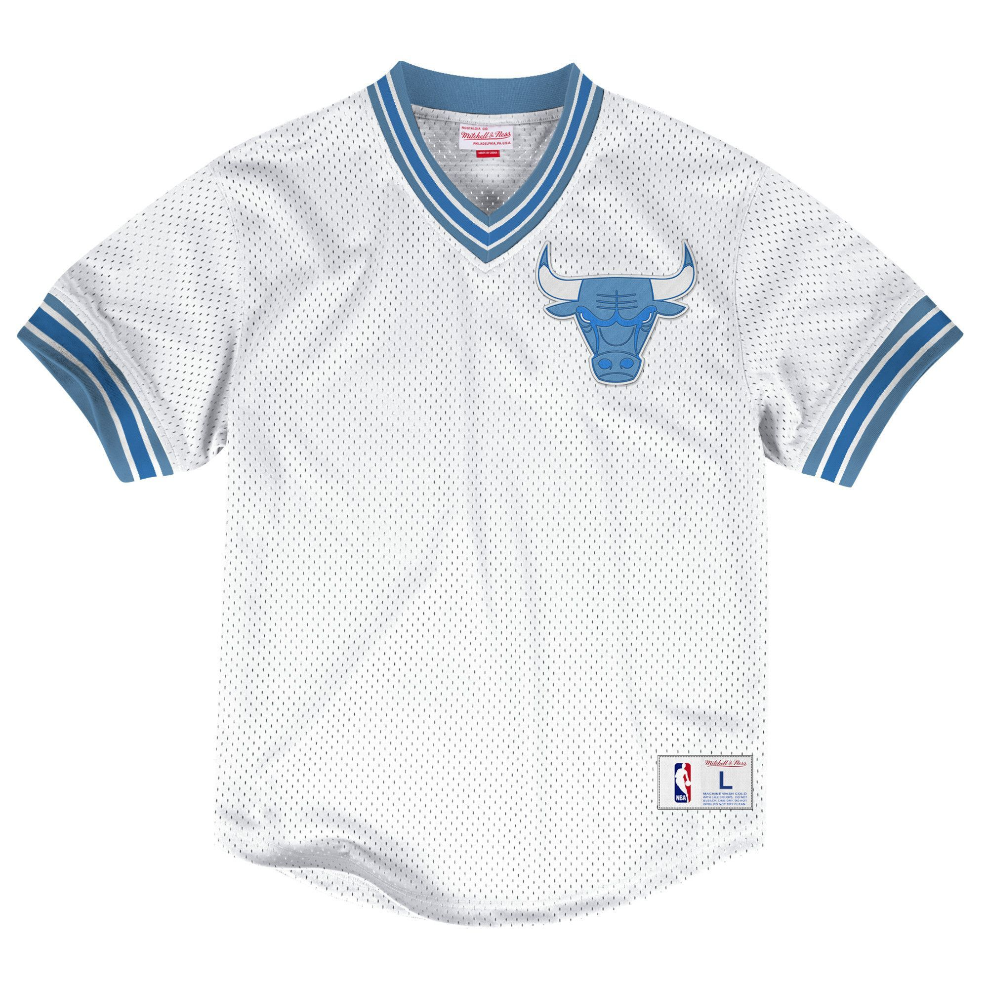save off 5b3a0 e6d1f MEN'S CHICAGO BULLS MITCHELL & NESS LIGHT BLUE/WHITE MESH V ...