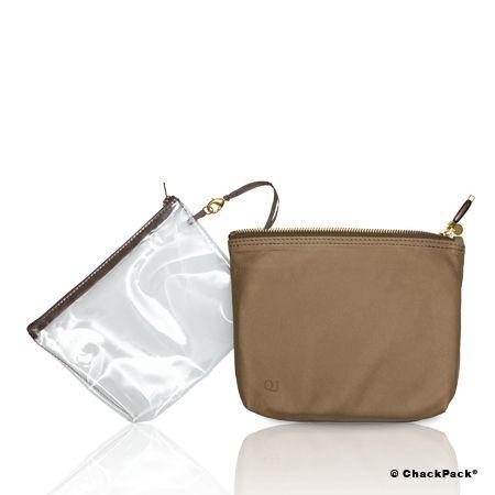 Samtig weiches Leder: En cabine Leder sandfarben Kosmetiktasche transparent von Quelques jours de plus | ChackPack.com