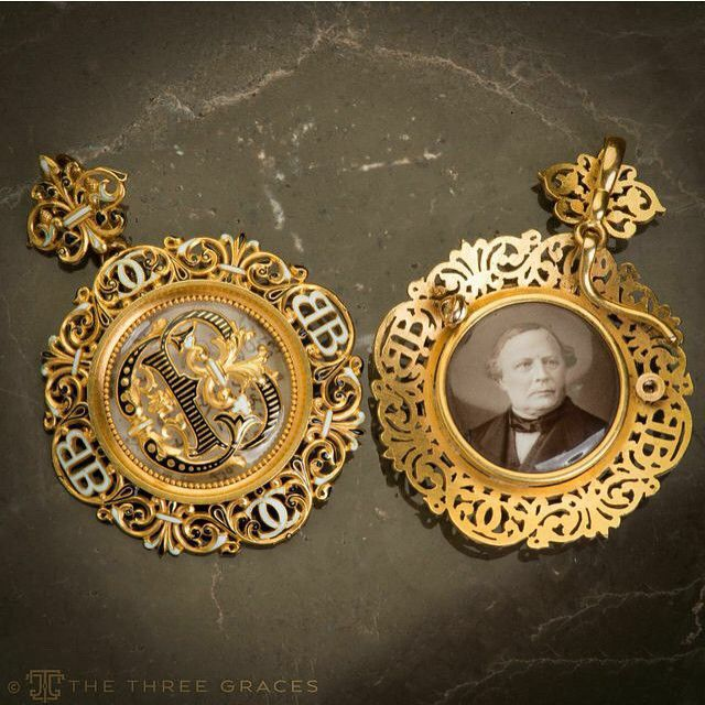 """""""This is a portrait miniature by the well known French portraitist Mathieu Deroche. He was among the late 19th century artists who combined the relatively…"""""""