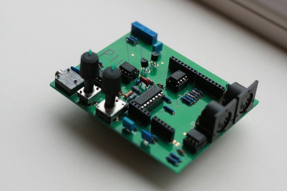 Piggy Back Synthesizer   А Цікаво   Arduino, Music