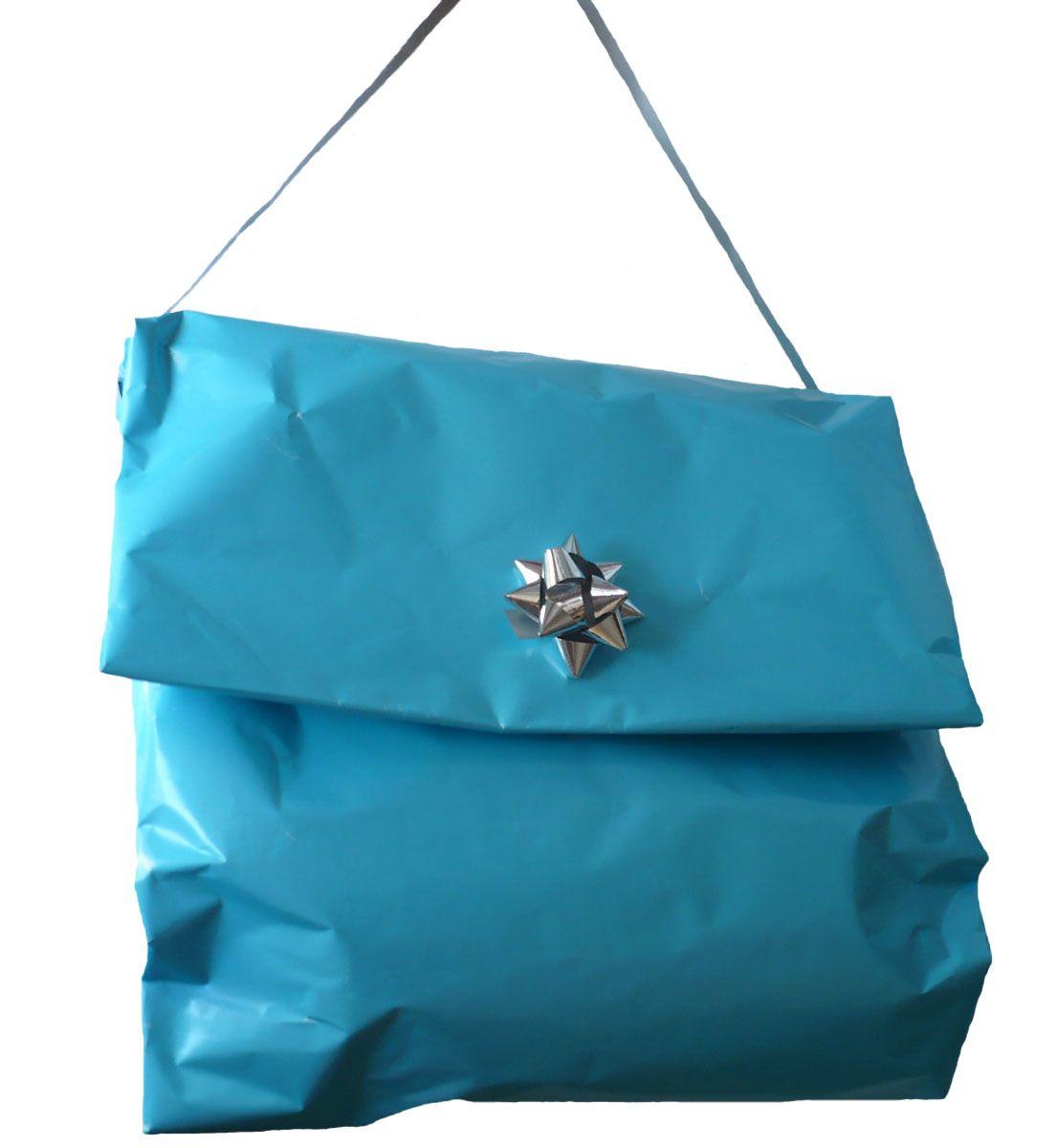 meilleur authentique matériaux de qualité supérieure achats Une manière originale d'emballer un vêtement ! | Emballage ...
