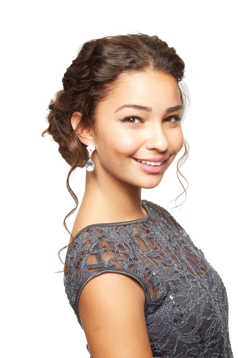 25 Prettiest Prom Hairstyles For Long Hair