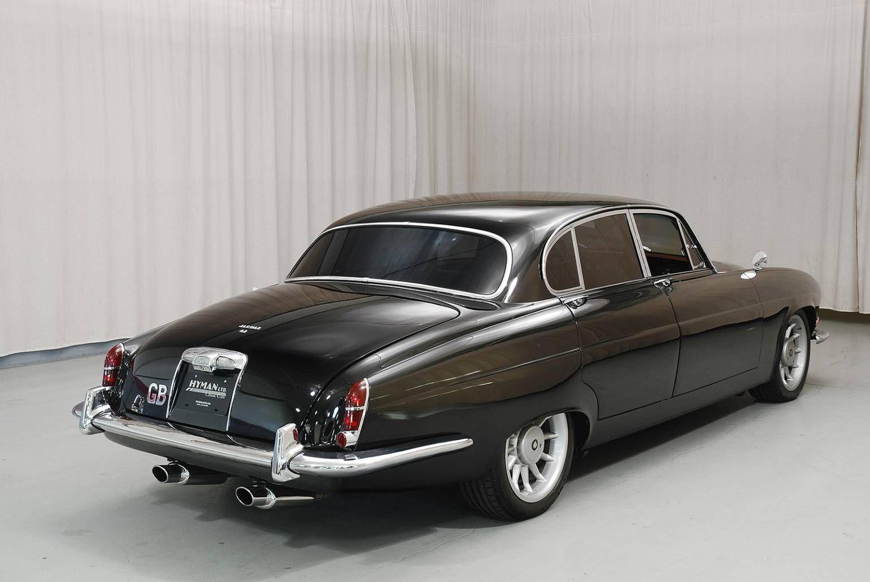 1966 Jaguar Mark X with a Modern XJR-6 Powertrain ...