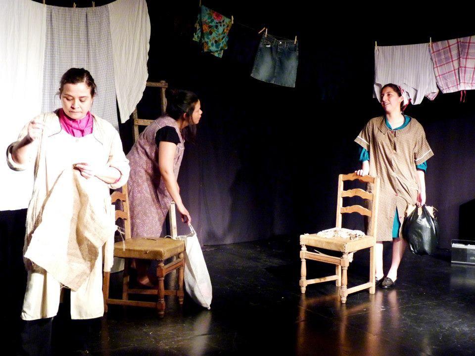 """""""Tres Marías y una Rosa"""" Muestra Curso Iniciación Teatral II. 2012."""