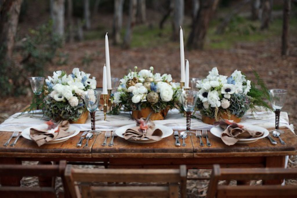 I love this beautiful outdoor luncheon setting. So pretty for a reception or birthday party & I love this beautiful outdoor luncheon setting. So pretty for a ...