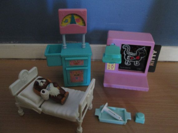 littlest pet shop cat dog care center Hospital by toysandfinds