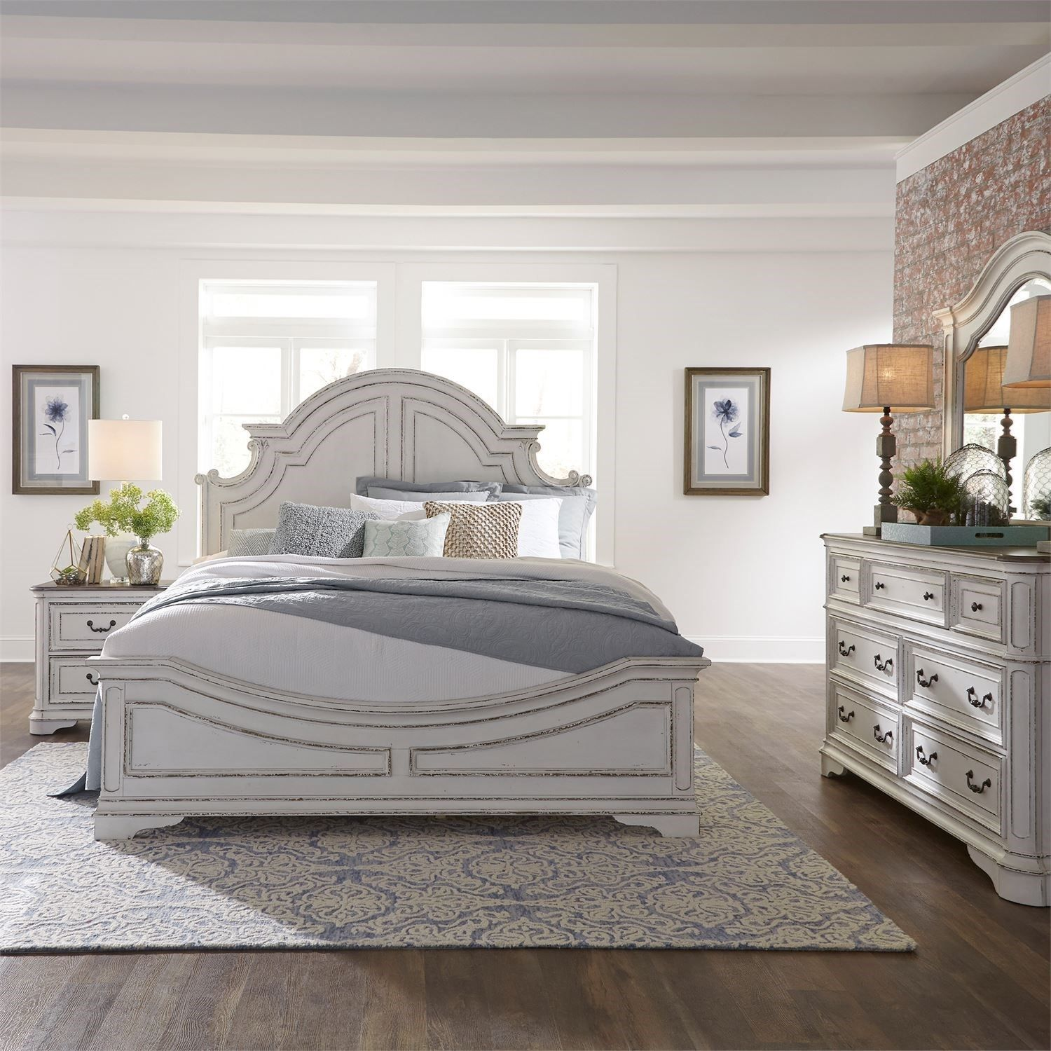 Magnolia Manor King Bedroom Group By Liberty Furniture At Hudson S Furniture White Paneling Liberty Furniture White Panel Bedroom Set