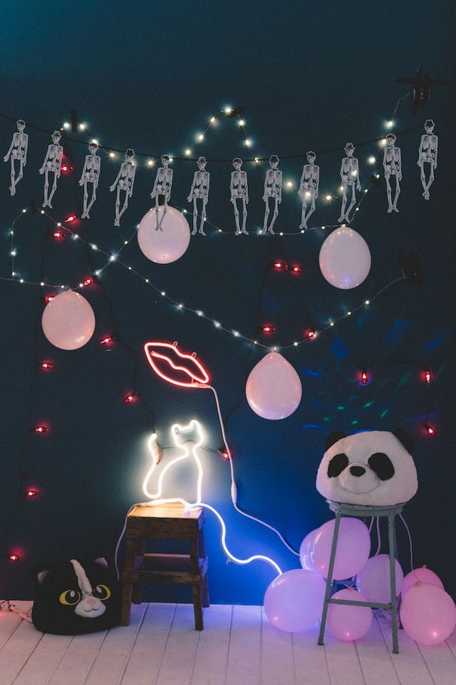 halloween party lighting. uo diy halloween party backdrop urban outfitters blog lighting