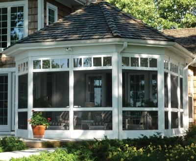 Octagonal Screened Porch With Window Transoms Screened Porches