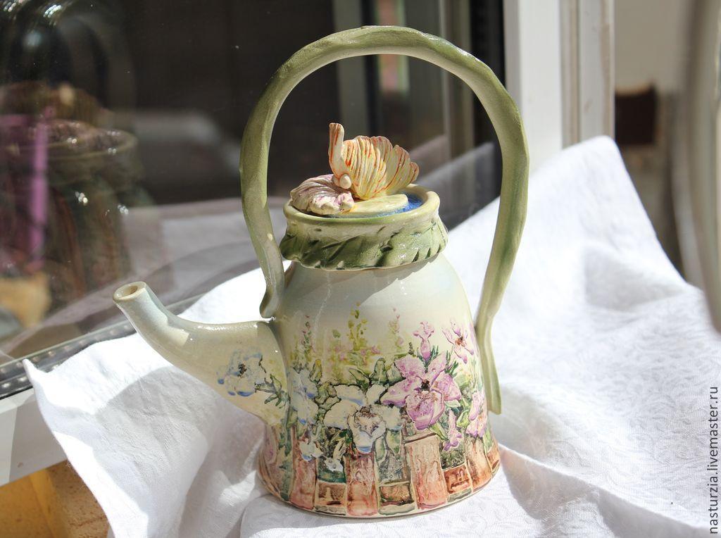 Купить Чайник Петунии - белый, разноцветный, зеленый, чайник, цветы, петунии, полисадник, клумба, бабочка