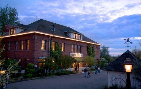 Station Theater Pub Mcmenamins Sandy Oregon