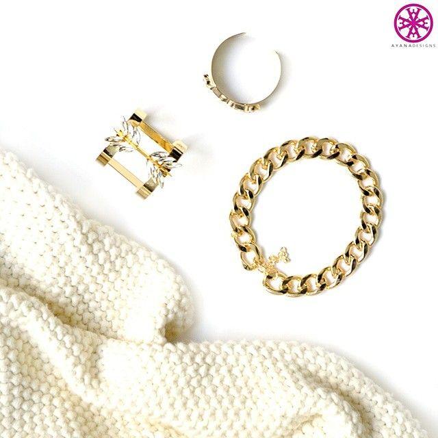 Fall #fashion, here we come! #jewelry #gold #knit #fallfashion #bling #statement #jewels #goldchain #love #picoftheday #fall #treatyoself #AyanaDesigns