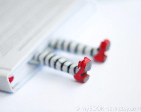 MyBookmark : Amusants Marque Pages Mode aux Longs Pieds