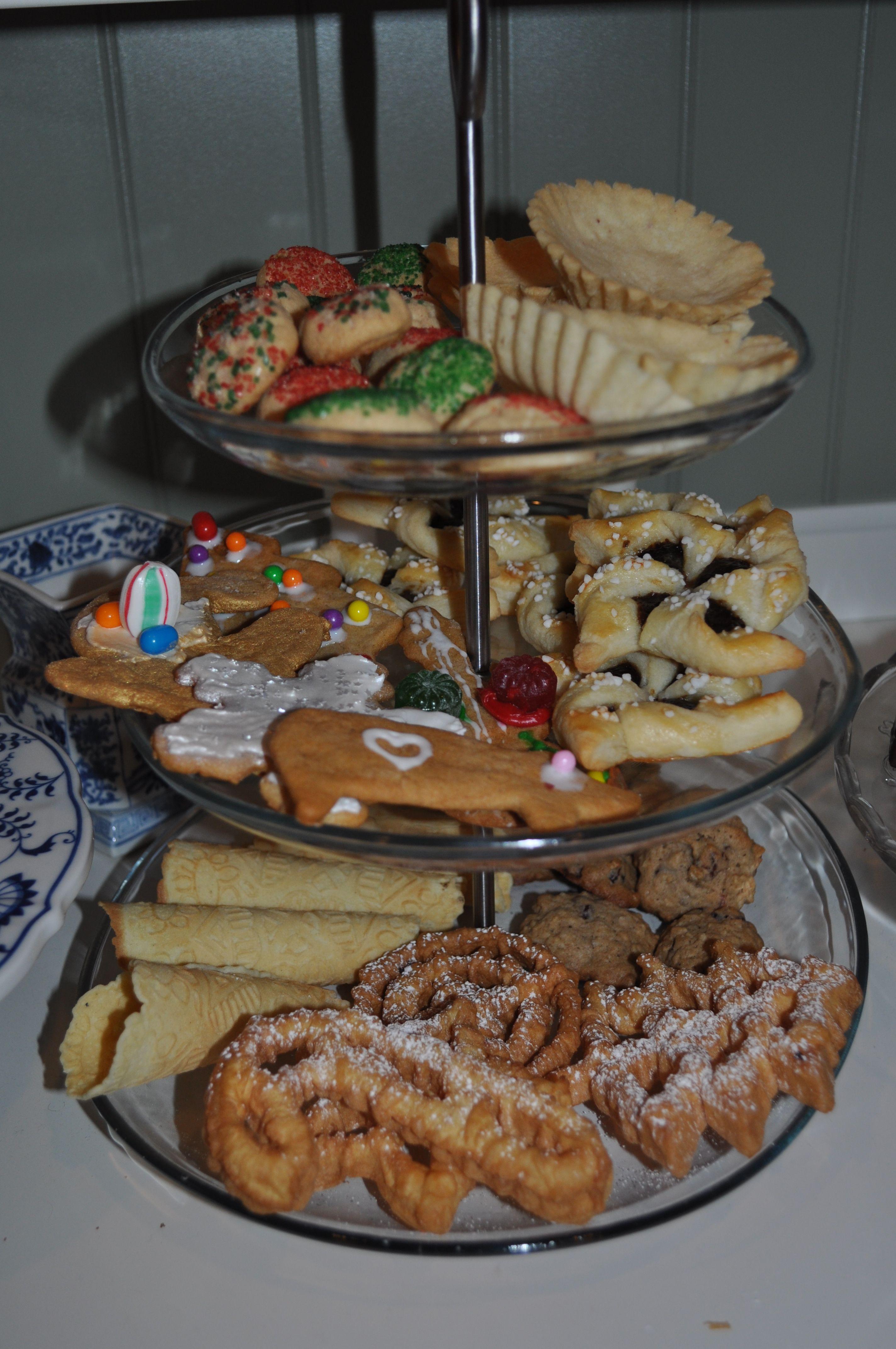 Scandinavian Christmas Cookies 2011 Norwegian Food Scandinavian Food Holiday Baking