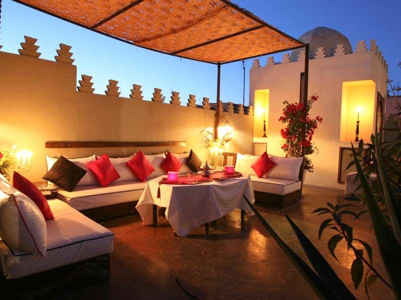 Découvrez une sélection de riads de charme à marrakech consultez le descriptif les photos et les avis clients réservez votre séjour au riad des arts