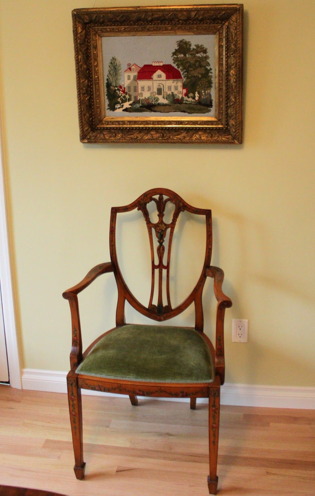 Superbe Edwardian Chair. Velvets Were Commonly Used In The Upholstery Of Furniture.