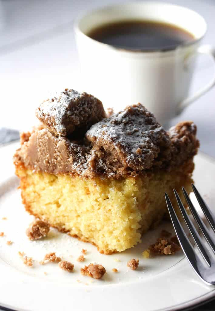 Crumb Cake Recipe Easy crumb cakes, Crumb cake, Food