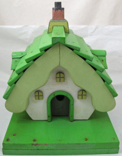 Vintage-Wooden-Painted-Alpine-Cottage-Birdhouse-Primitive-Wood-Bird-House