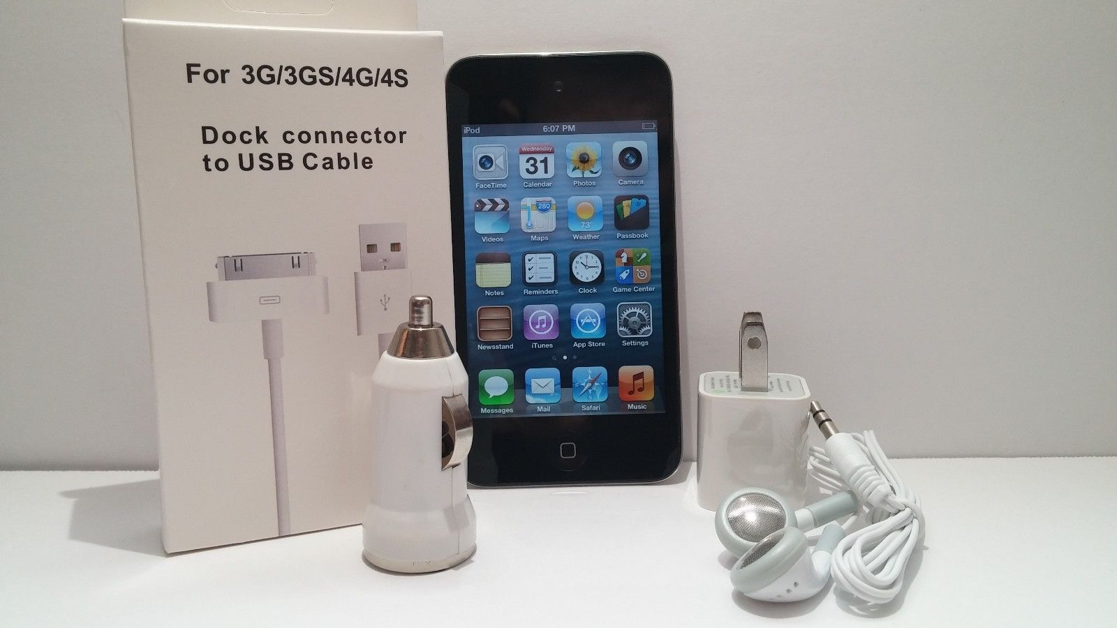 GB MP3 8//16//32//64 4 player New Apple iPod touch 4th generation  black //white