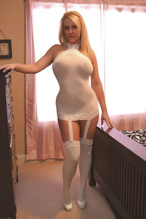 Busty michelle thorne