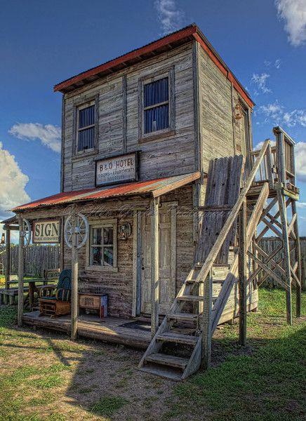 Ghost Town Manor Texas Ellen Yeates B O Hotel