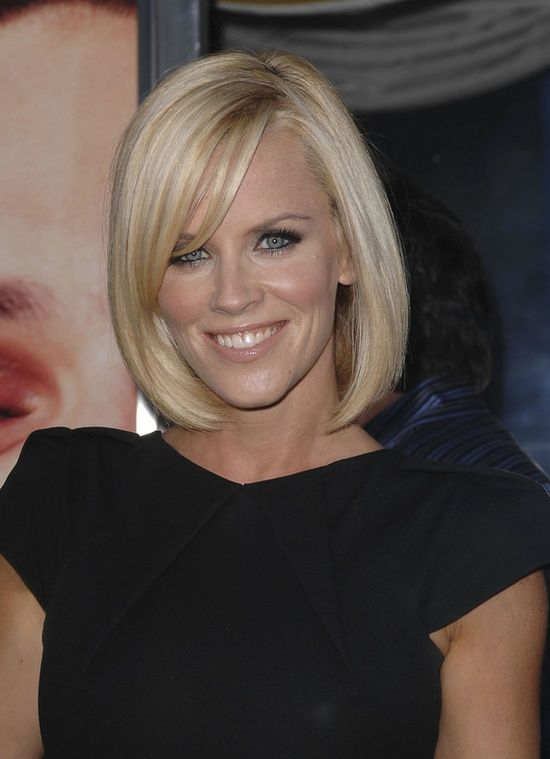 Jenny Mccarthy Hair She Is A Natural Brunette But I Love This Shade Of Blonde On Her Jenny Mccarthy Hair Hair Styles Long Sleek Hair