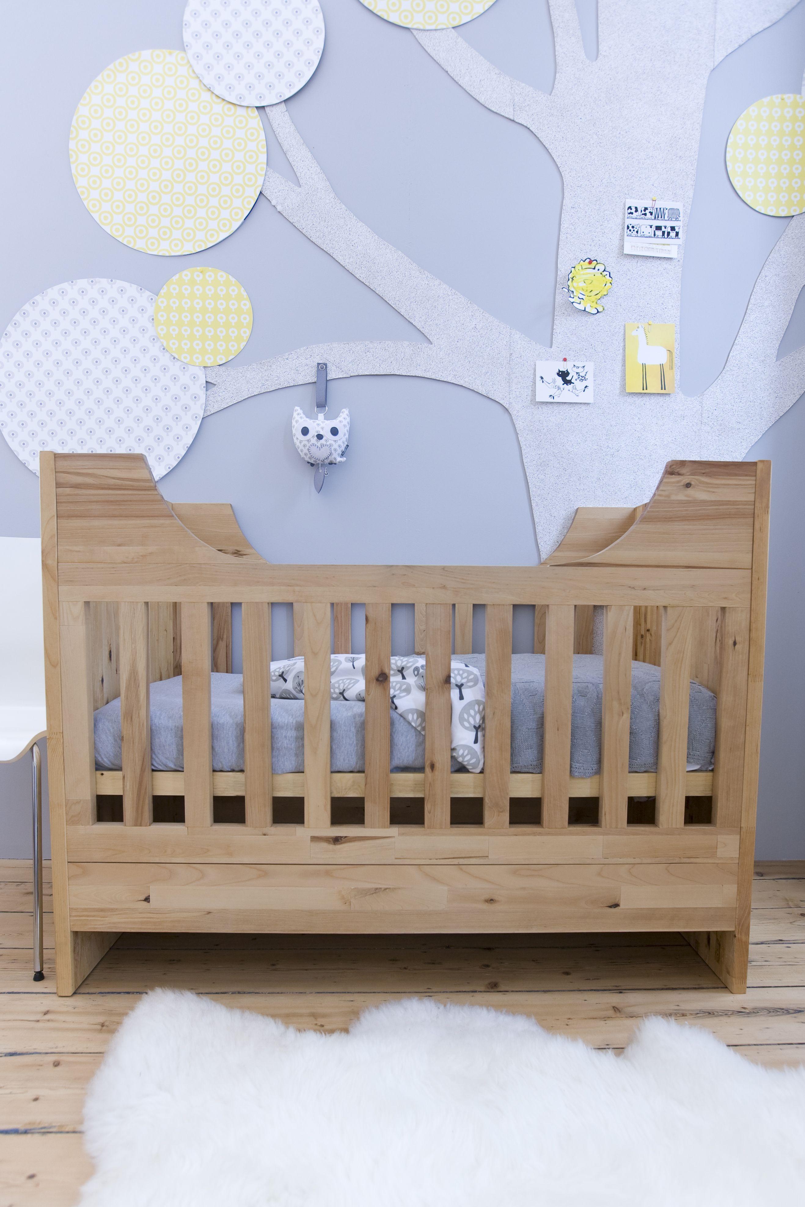 kidsroom | TiS Lifestyle. I'm liking this tree wall art
