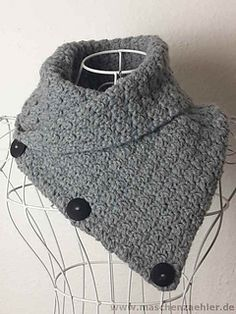 Ravelry Free Crochet Pattern Aletheia Cowl With Buttons Haken