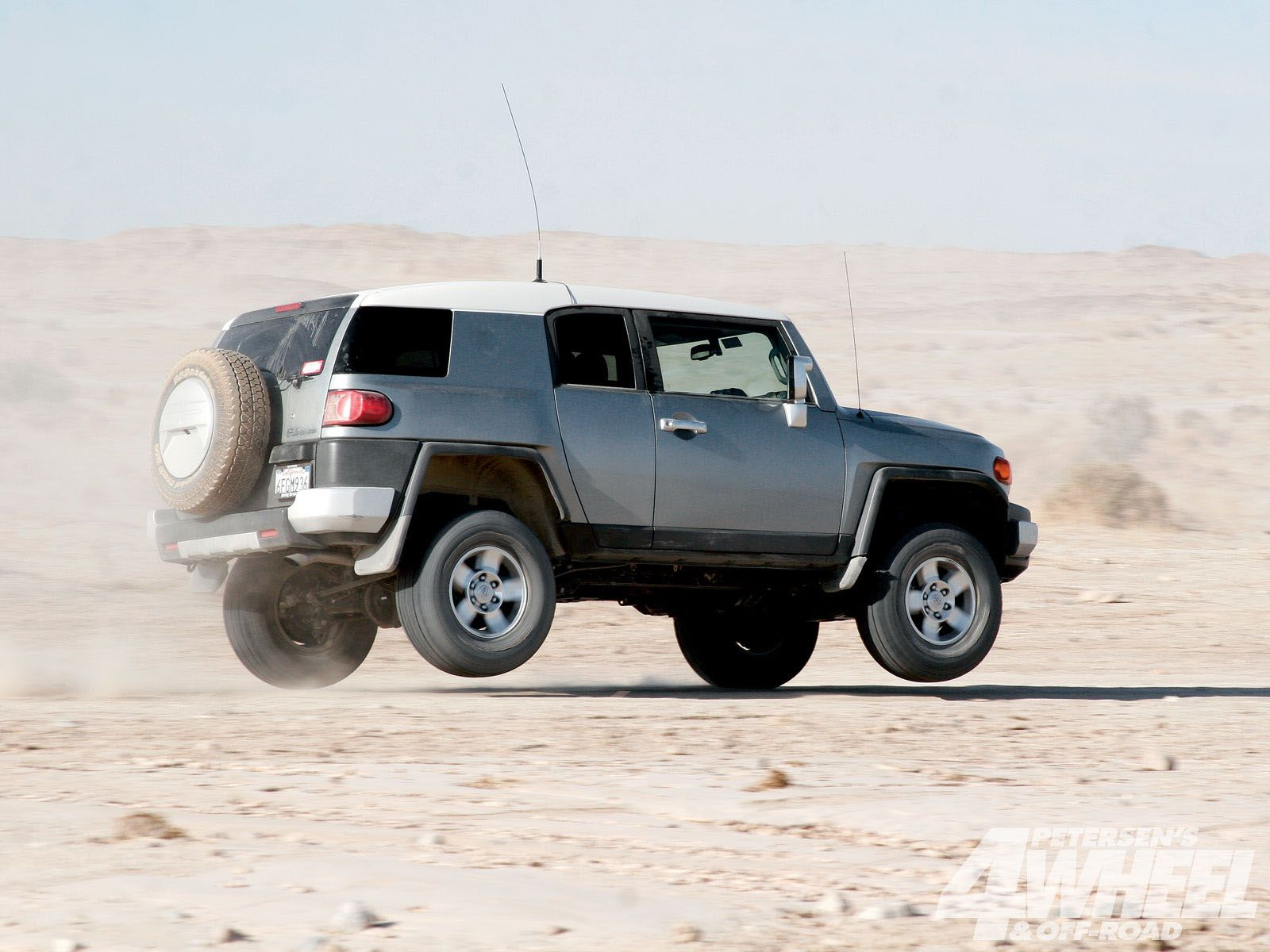 Toyota Fj Cruiser Vs Jeep Jk Wrangler Off Road Fun