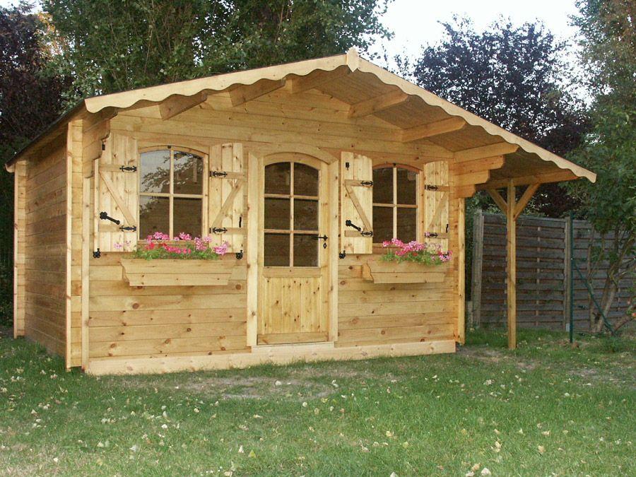 Abri jardin avoriaz avec volets fonctionnels en bois de for Cabanon en bois de jardin