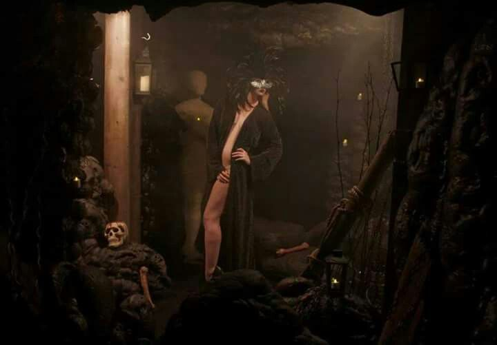 Shot by Tavart #fantasy #masquerademask #masquerade #cave