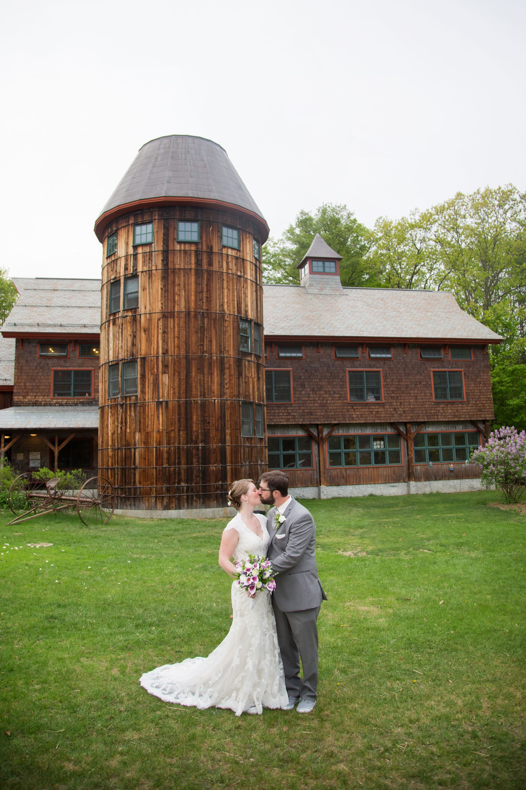 A Vibrant Rustic Wedding At Stonewall Farm In Keene New Hampshire Stonewall Farm Wedding Rustic Wedding