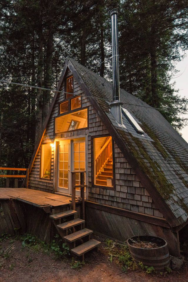 These Are The 10 Most Repinned Airbnbs Of All Time Log Cabin Rustic Cabins In The Woods A Frame Cabin