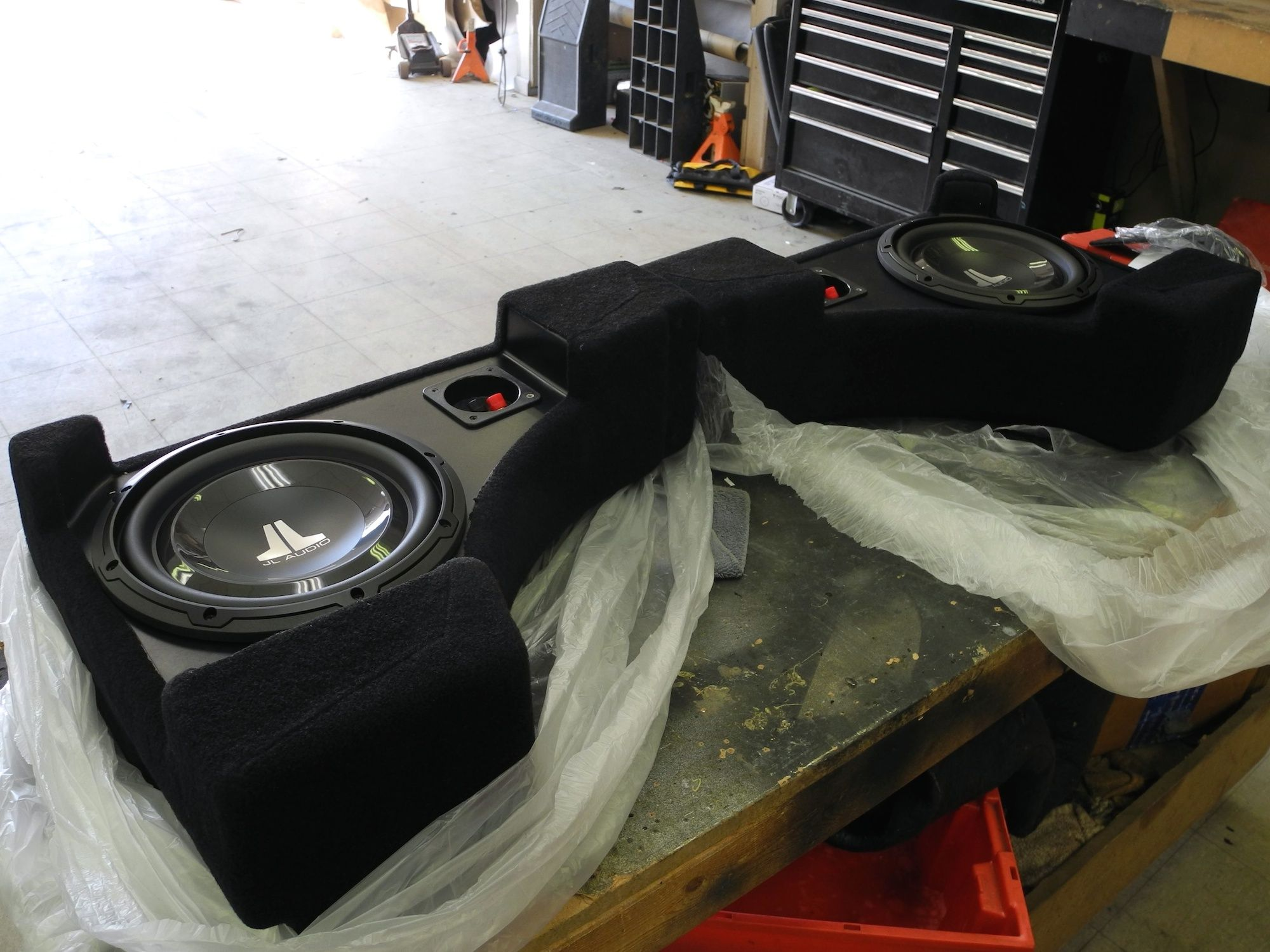 F Ee A C E A B on Camaro Ss Spare Tire Kit