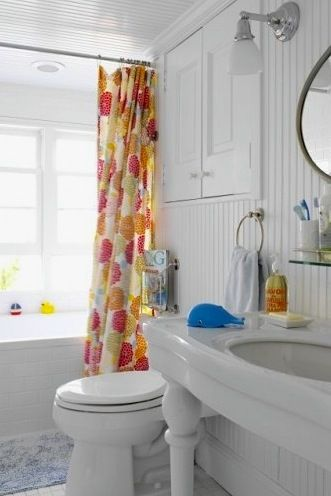 Delightful Kids Bathroom Ideas With Bright Colored Accessories