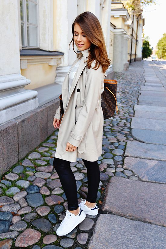 35 Outfits That Prove You Can Look Chic On Sneakers | Winter